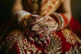 शादी के बीस दिन बाद रिश्तेदार संग फरार हुई दुल्हन