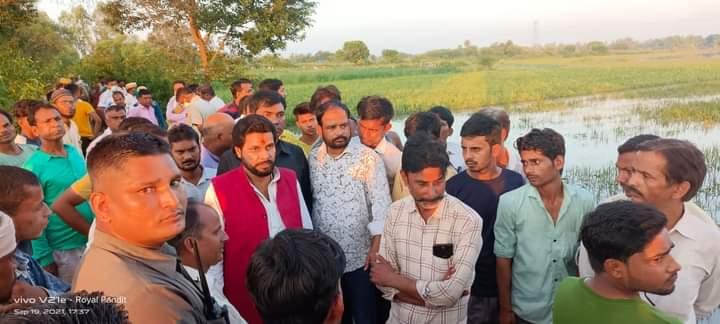 बाराबंकी की खबरें : गणेश प्रतिमा विसर्जित करने गये पांच लोग कल्याणी नदी में हुए लापता