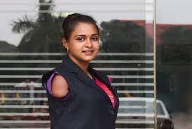 दोनों हाथ और एक पैर गंवाने के बाद भी हार नहीं मानी सरिता, चित्रकारी कर तमाम उपलब्धियां किया हासिल