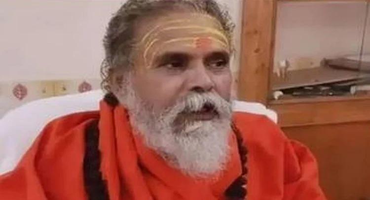 महंत नरेंद्र गिरि को बाघंबरी मठ में दी गई भू-समाधि, पोस्टमार्टम में फांसी लगने से मौत की पुष्टि.