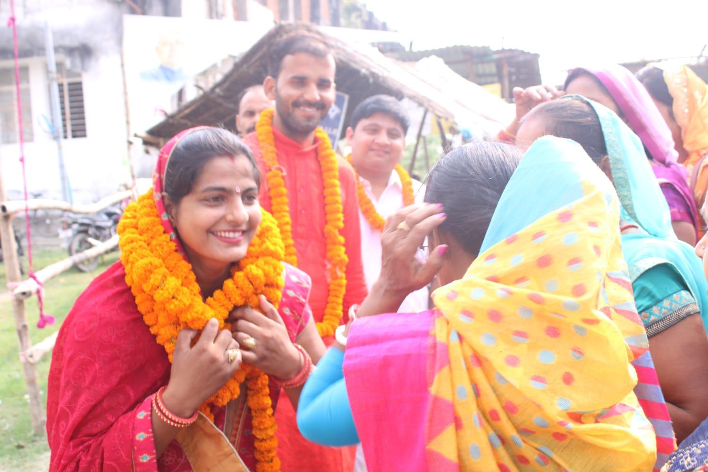 सीवान:जिलापरिषद क्षेत्र संख्या 38 से महिला प्रत्याशी प्रिया कुमारी ने किया नामांकन